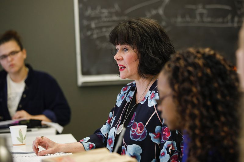 """Eileen Favorite speaks to students in her class called """"Love The Art, Hate the Artist"""" at the School of the Art Institute of Chicago on April 12, 2018"""