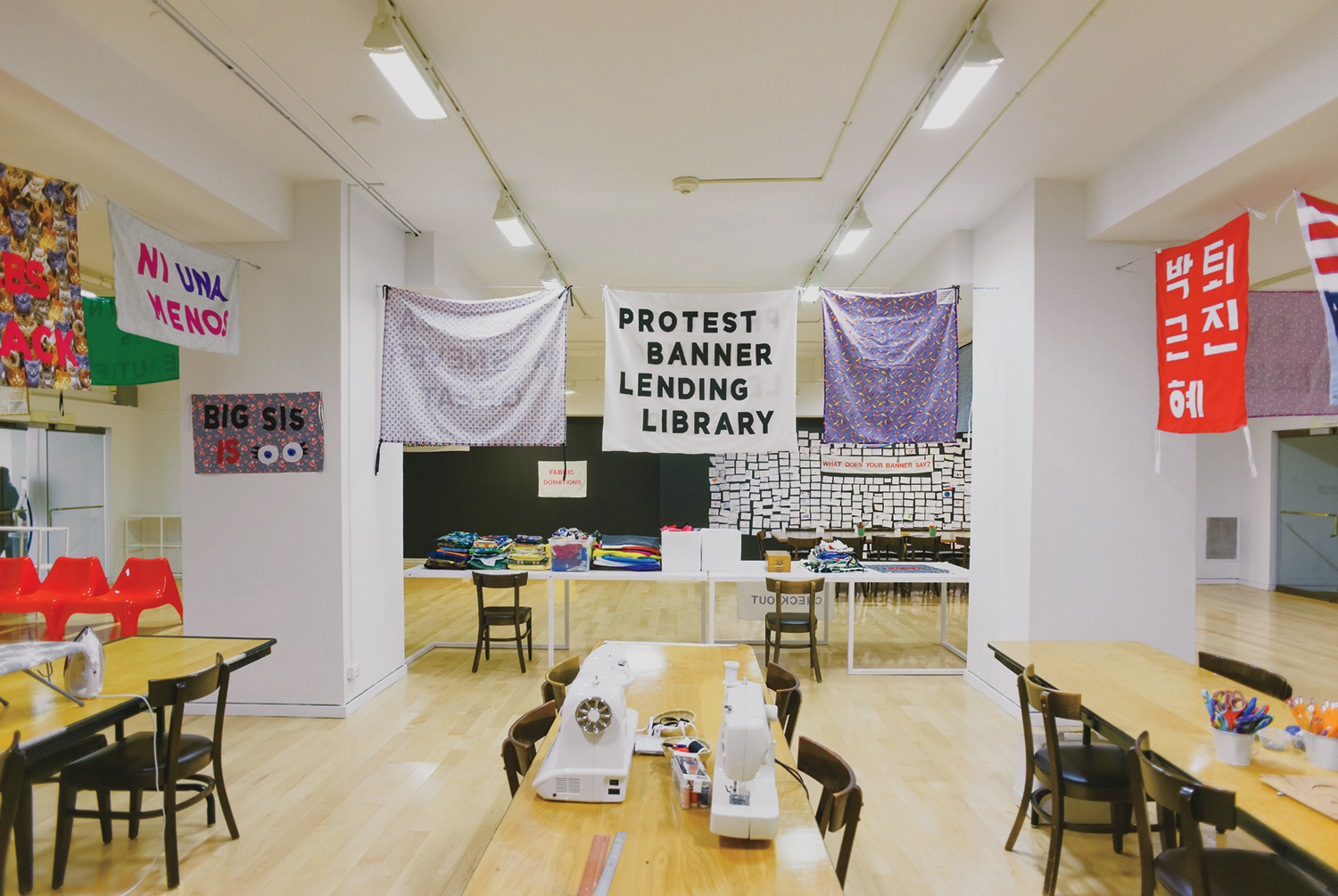 Aram Han Sifuentes To Make Protest Banners At Expo Chicago School