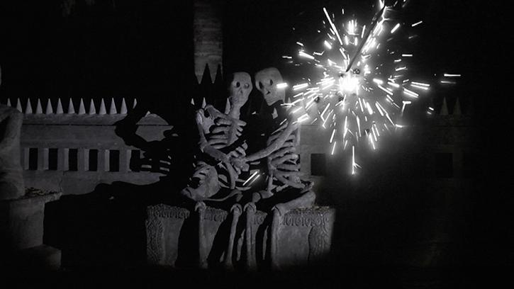 Apichatpong Weerasethakul, Fireworks (Archives), 2014