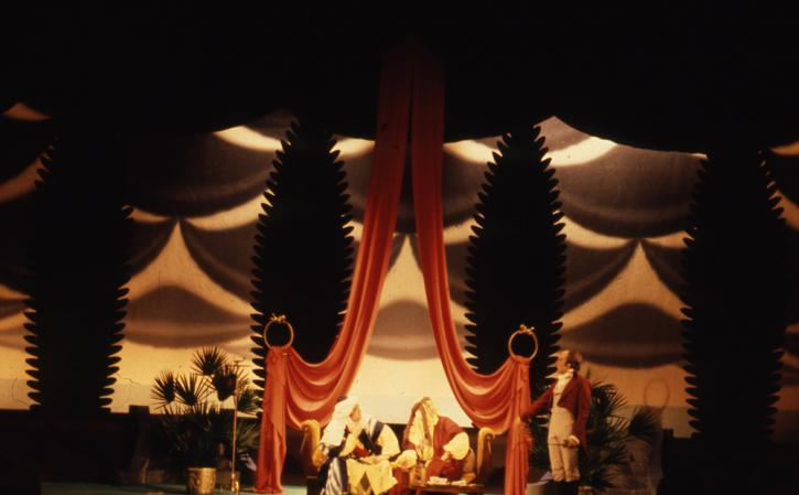 Chicago Opera Theater production of Cosi fan Tutte, sets and costumes designed by Brown