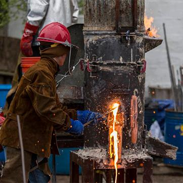 2015 Iron Pour Photo Gallery